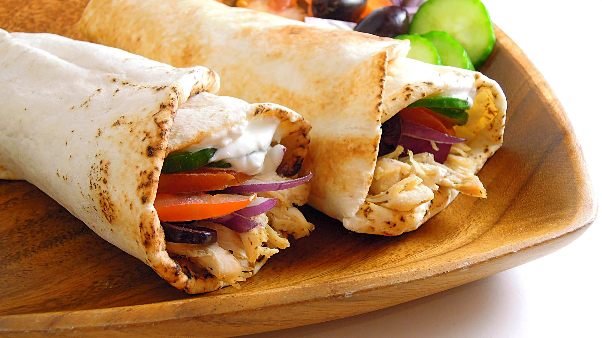How to make a roll of pita with crab sticks 48