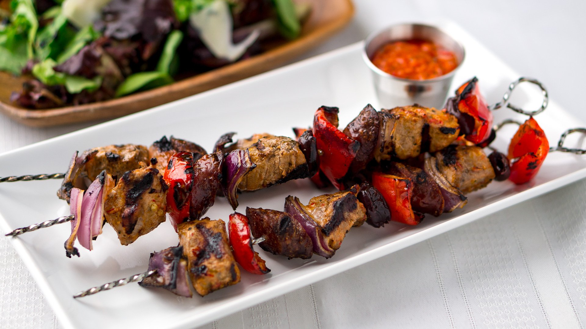 Piri piri pork brochettes recipe - Pic a brochette ...