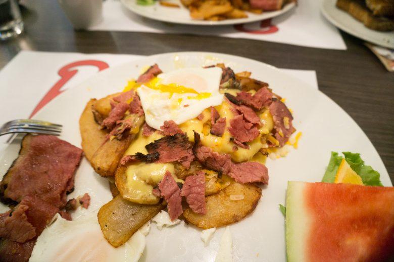 petinos-breakfast-poutine-3-of-3